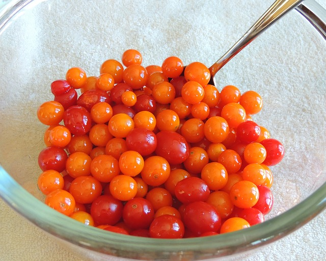 cherry-tomatoes-445363_640