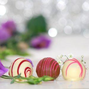 chocolates-563386_640